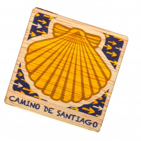Painted wooden Magnet, Camino Shell