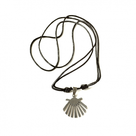 Necklace with metal shell
