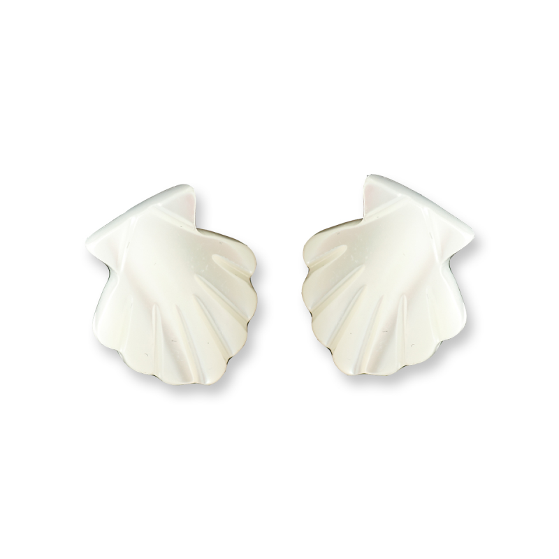 Earrings natural shell