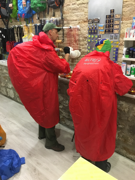 Poncho Altus Atmospheric S3 XL-XXL red