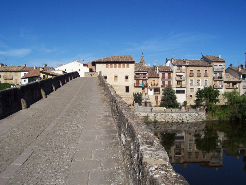 Puente la Reina – The Romanesque bridge